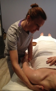 novara-massaggio-classico-arto sup
